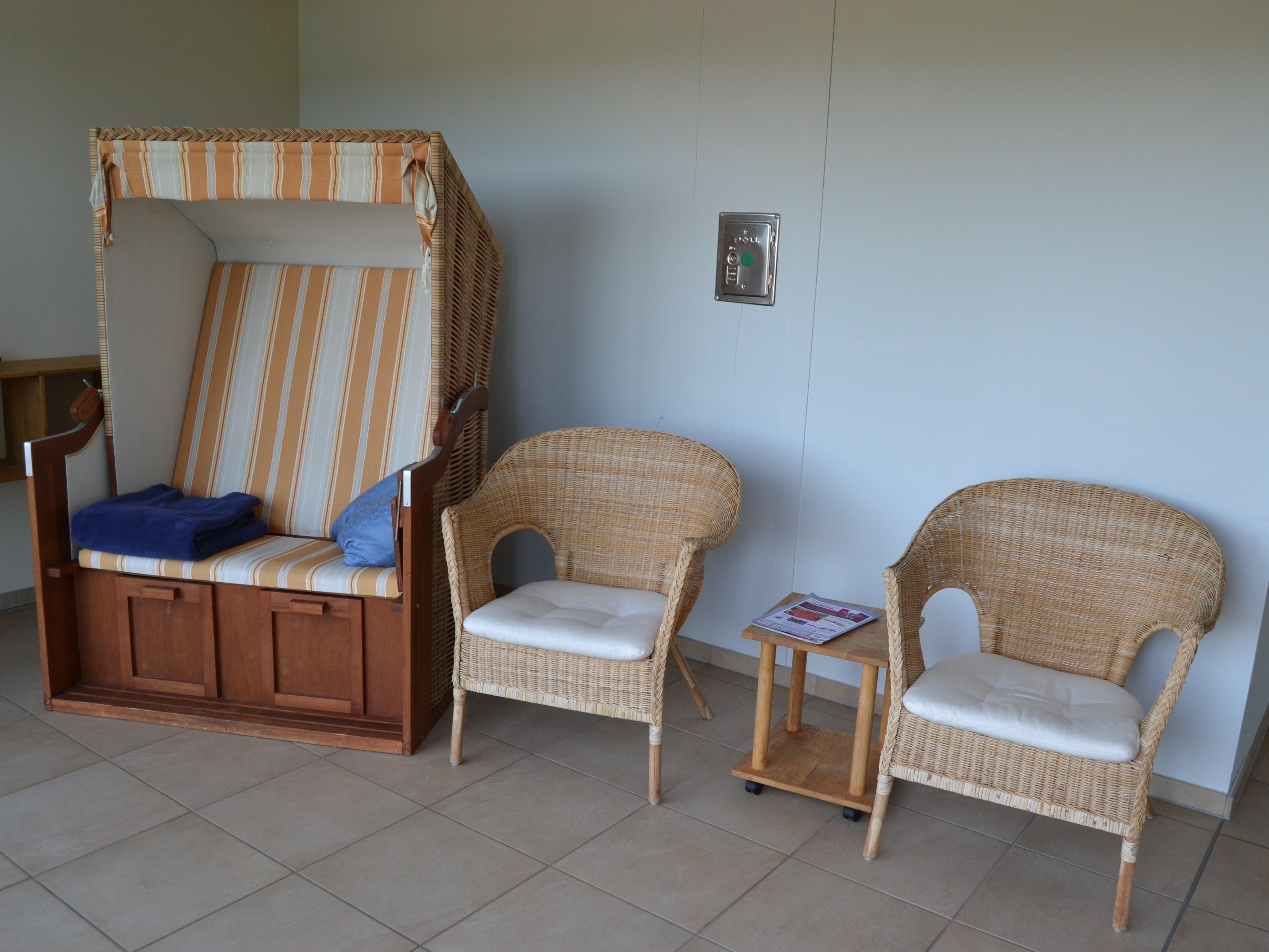 Entspannungsbereich mit Strandkorb
